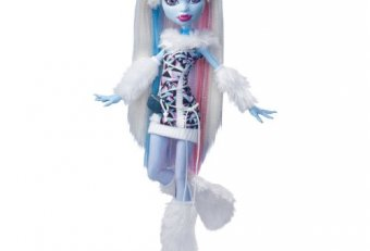 Snow Monster High Doll
