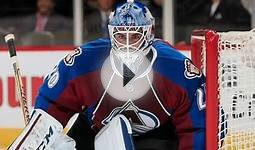 Avalanche goalie Berra scores in AHL game