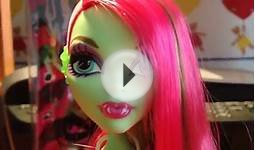 Monster high Venus McFlytrap music festival doll review
